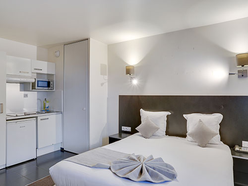 All Suites Appart Hotel Aéroport Paris Orly-Rungis ***