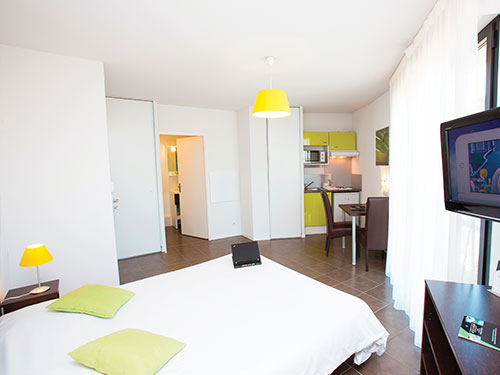 All Suites Appart Hotel Pau  ***